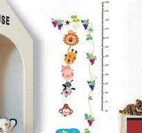 Väggdekor -Mätsticka med motiv av bl.a. hängande djur, 180 x 88 cm